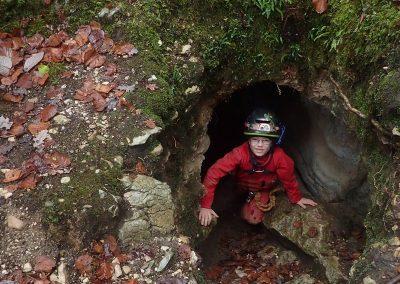 Entrée grotte de Saint Aupre