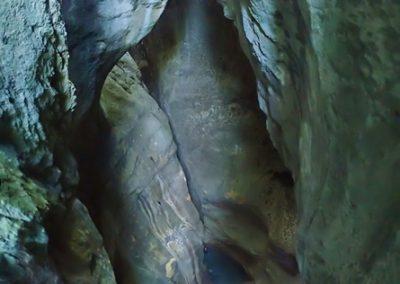 Cascade d'entrée de 25 mètres du canyon de l'Infernet
