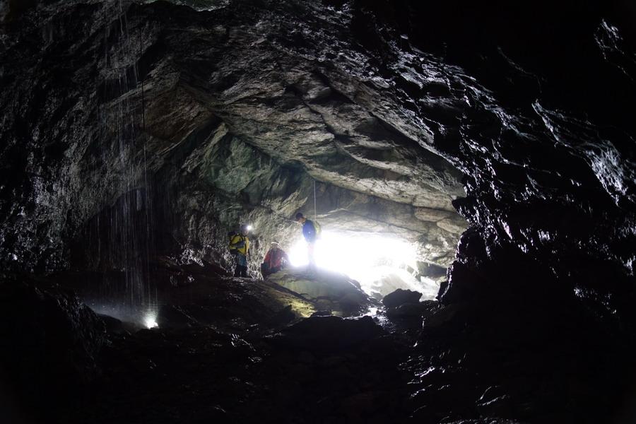 grottes journée