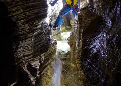 Marmitte galerie rivière souterraine spéléologie cuves Sassenage Grenoble