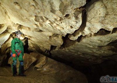 Spéléologie grotte roche vercors grenoble villard lans initiation enfant